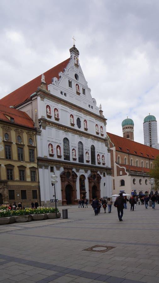 Munich, Bavière, karlsplatz, porte de carls photos stock
