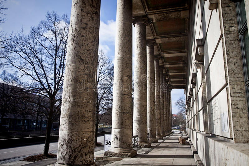 Munich, casa de Kunst del der de Haus del museo de arte moderno del arte, fachada imagenes de archivo