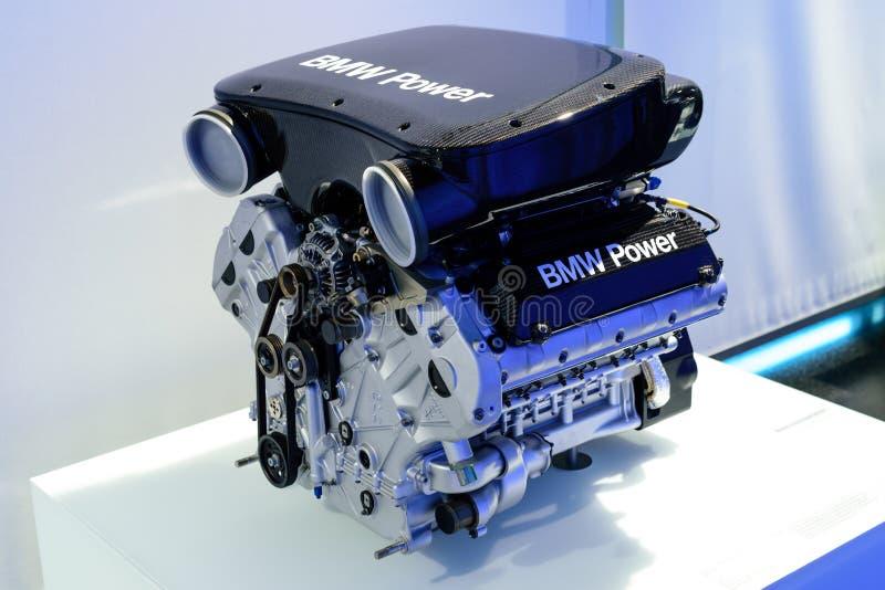 Мюнхен, Германия, 19 апреля 2016 года музей BMW. Двигатель спортивного BMW. Мюнхен, Германия, 19 апреля 2016 года-музей BMW. Двигатель спортивного автомобиля BMW стоковое изображение без роялти