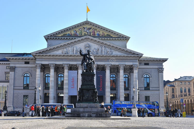 Download Munich National Theater editorial photo. Image of columns - 22590806