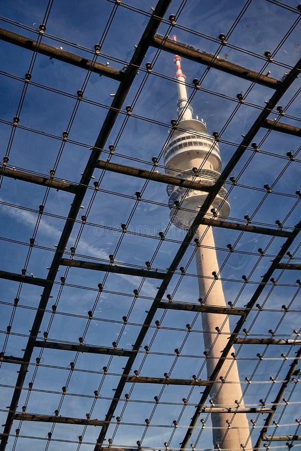 Munich Olympiapark Fernsehturm royaltyfria foton