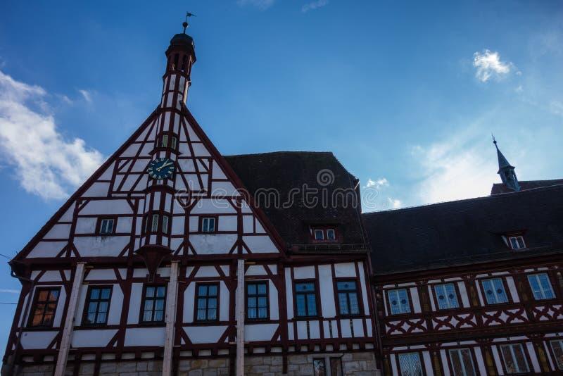 Municipalità di forchheim bavaria germania fachwerkhaus fotografie stock libere da diritti