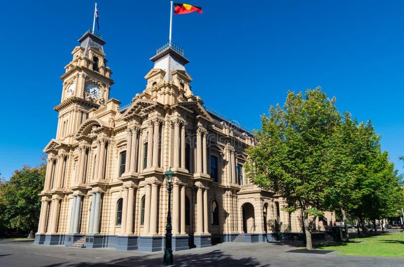 Municipio di Bendigo con la torre di orologio in Australia immagine stock