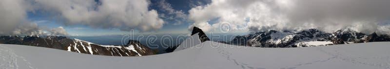 从Munkan, Lofoten海岛,挪威的看法 免版税图库摄影