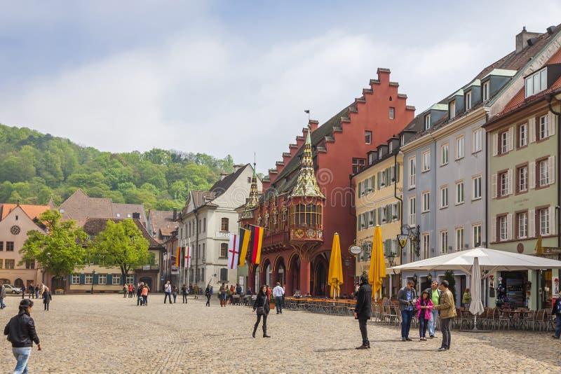 Munsterplatz główny plac Freiburg im Breisgau, Niemcy obraz stock