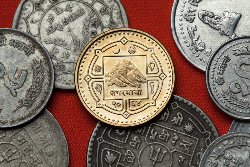 Muntstukken van Nepal Zet Everest & x28 op; Sagarmatha& x29; royalty-vrije stock foto's