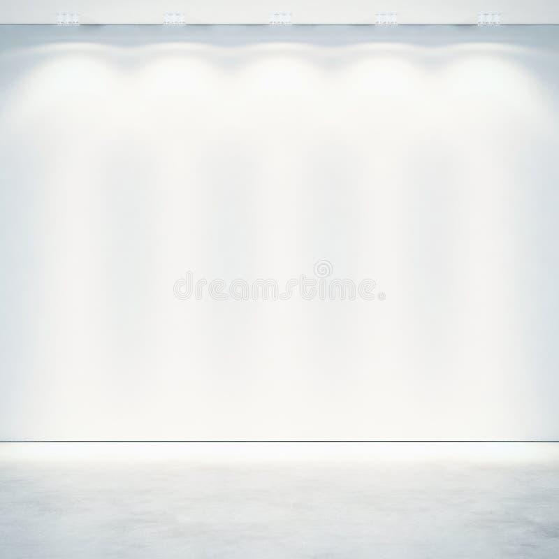 Mur blanc avec des projecteurs photographie stock libre de droits