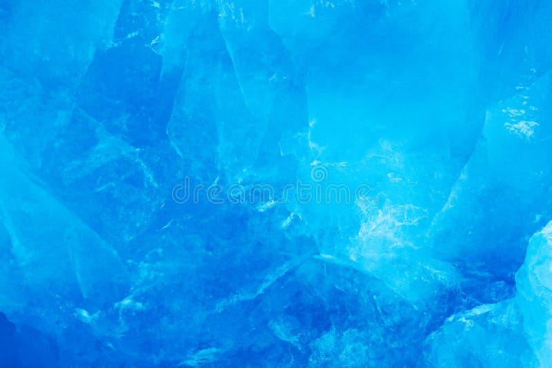 Mur bleu de glace Glace et montagne bleues Arctique d'hiver Montagne neigeuse blanche, glacier bleu le Svalbard, Norvège Glace da photos libres de droits