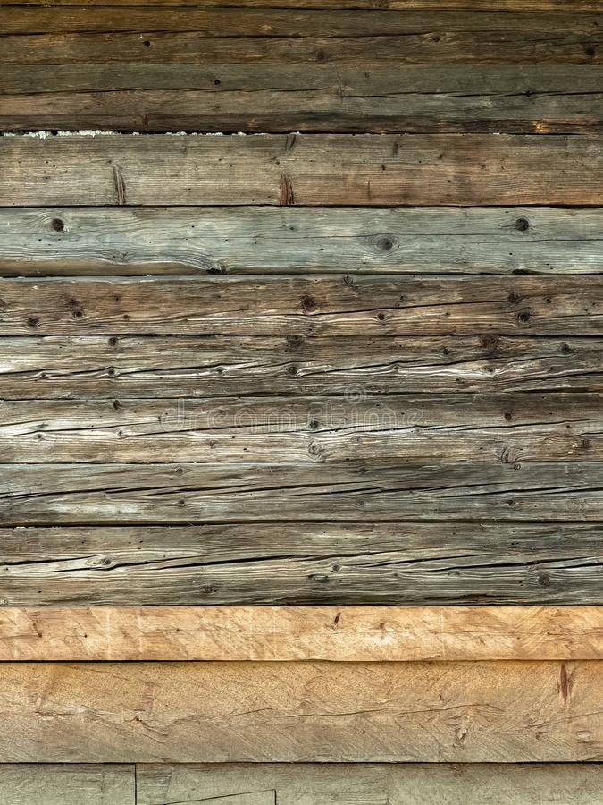 Mur brun naturel en bois de grange photo stock