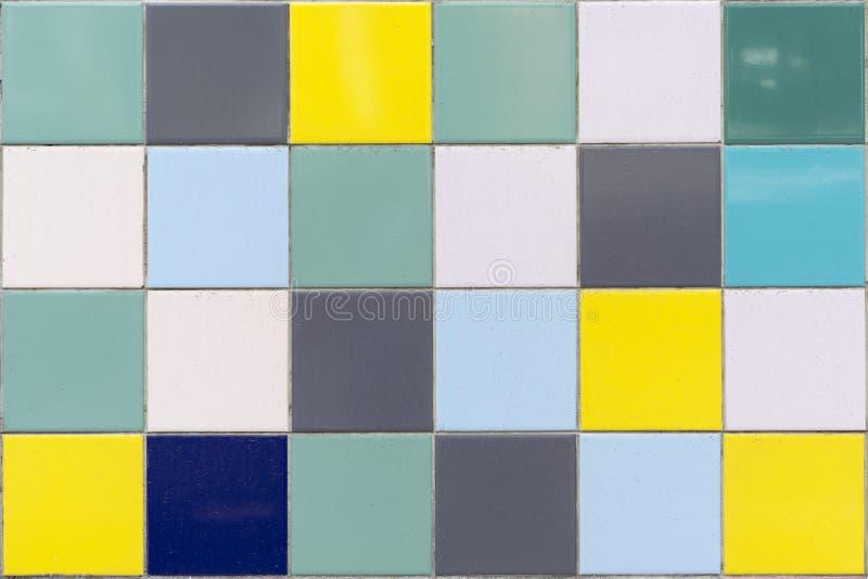 Mur coloré de carreaux de céramique de cru Fond sans couture photo stock