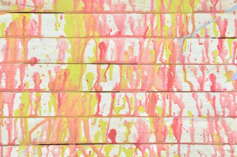 Mur coloré de cru photos libres de droits