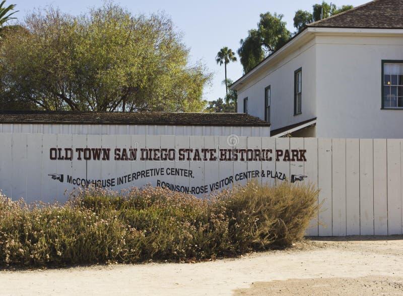 Mur d'entrée de la vieille ville San Diego images stock