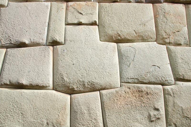 Mur d'Inca dans Calle Hatunrumiyoc, Cusco, Pérou images libres de droits
