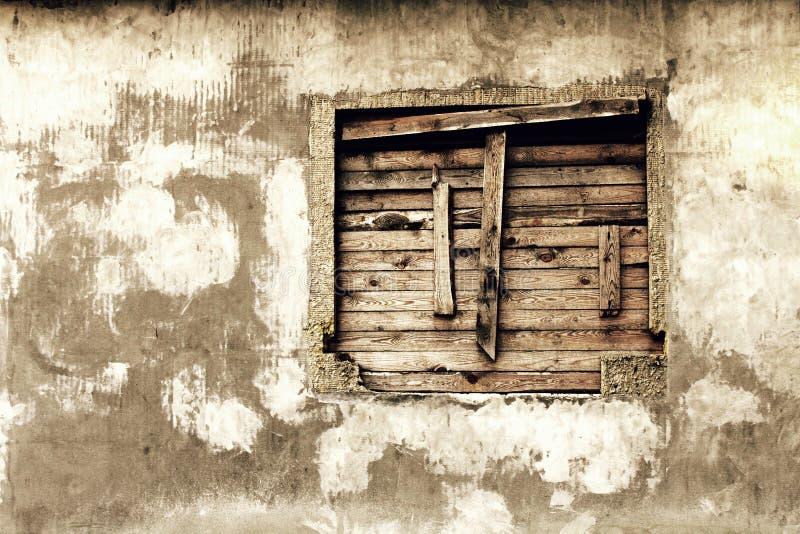 Mur d'une maison abandonnée photos libres de droits
