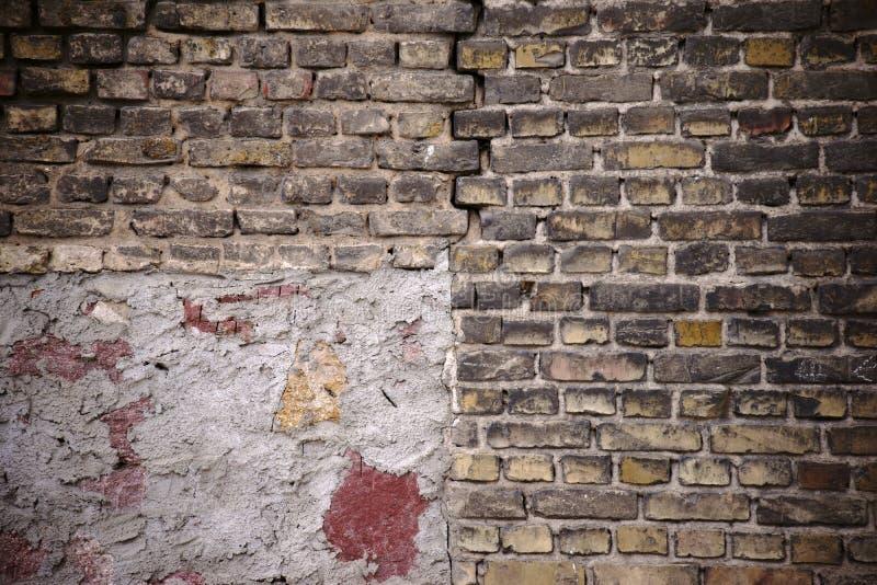 mur de briques Effondrement-mis en danger image libre de droits
