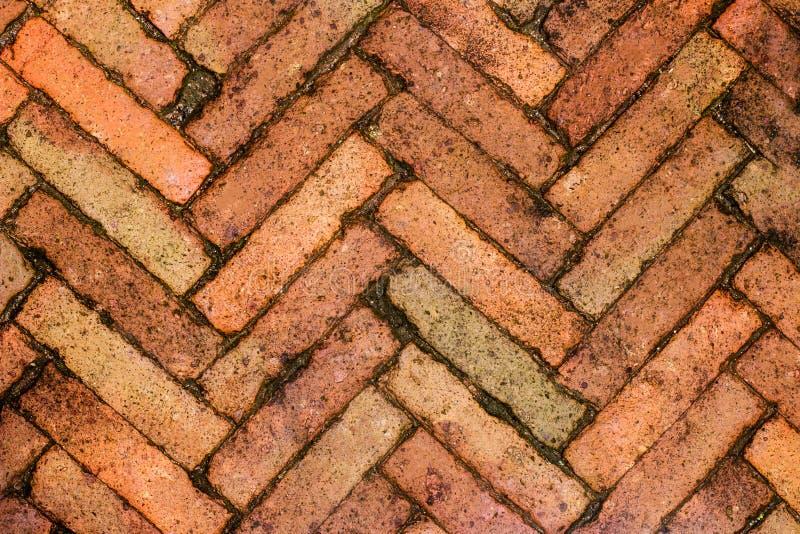 Mur de briques rouge, idéal pour un fond image libre de droits