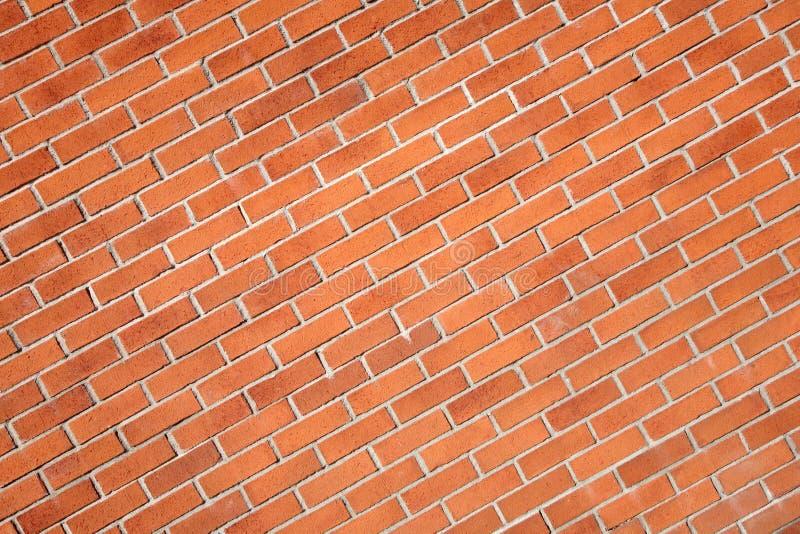 Mur de briques rouge moderne diagonal photos libres de droits