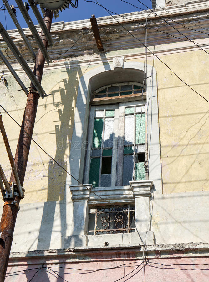 Mur de Chambre avec la fenêtre photo stock