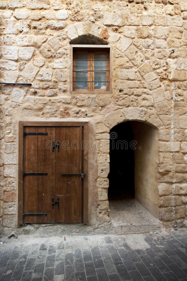 Mur de chaux dans la ville antique Saida, Liban photo stock