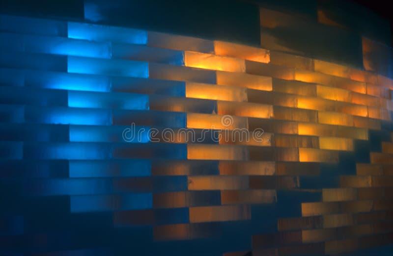 Download Mur de glace image stock. Image du intérieur, orange, froid - 92113