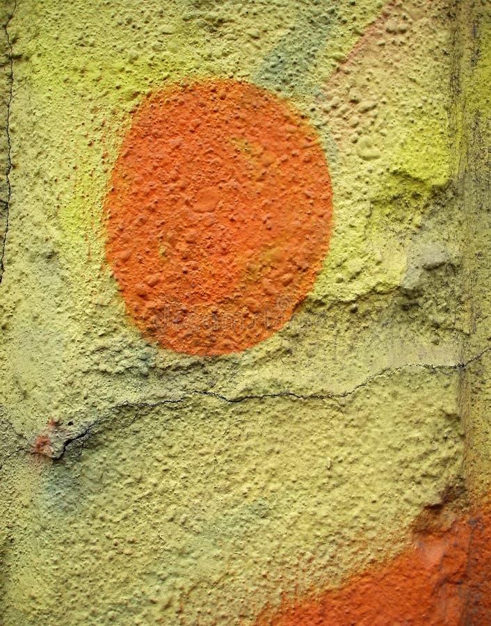 Download Mur de graffiti photo stock. Image du couleur, maison, gosses - 740018