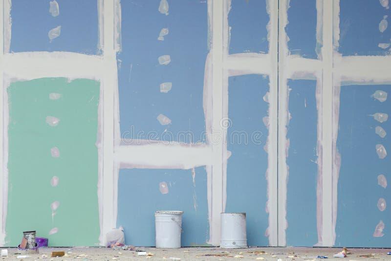 Mur de gypse en construction photographie stock libre de droits