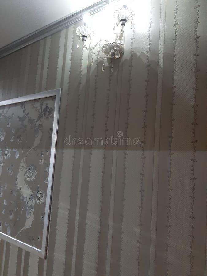 Mur de lampe d'hôtel de couloir photos stock