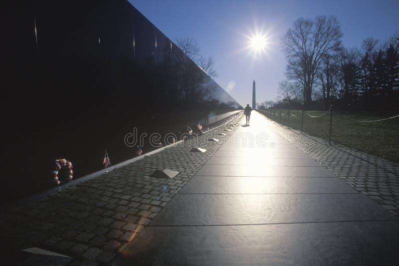Mur de mémorial de vétérans du Vietnam images libres de droits