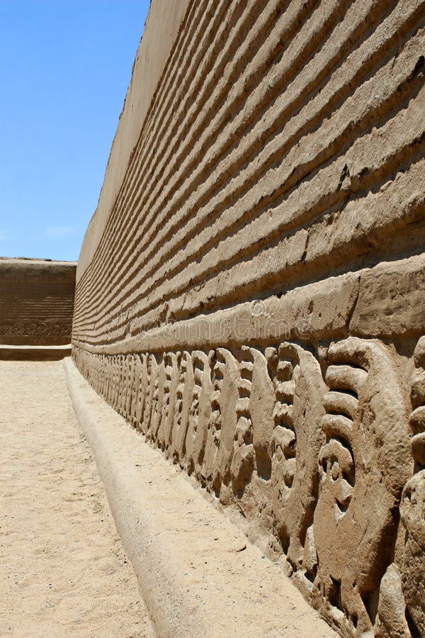 Mur de ruine de Chan Chan image stock