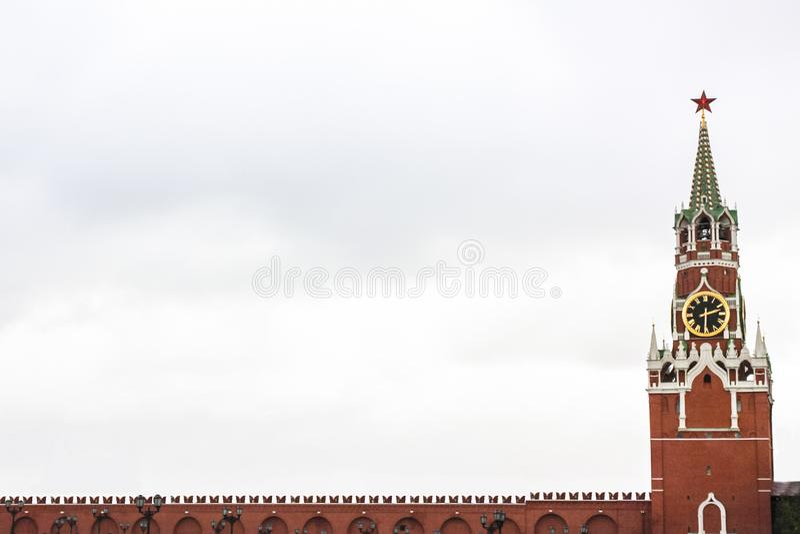 Mur de tour et de Kremlin de Spasskaya image stock
