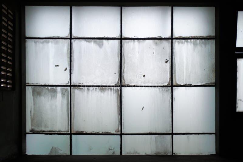 Mur de verre sale photo stock