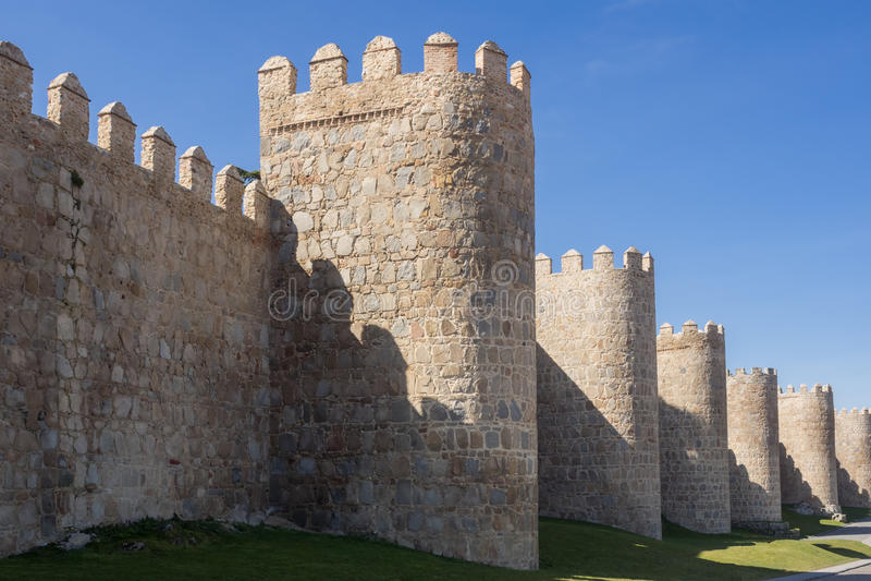 Download Mur De Ville D'Avila, Espagne Image stock - Image du intérêt, point: 77153135