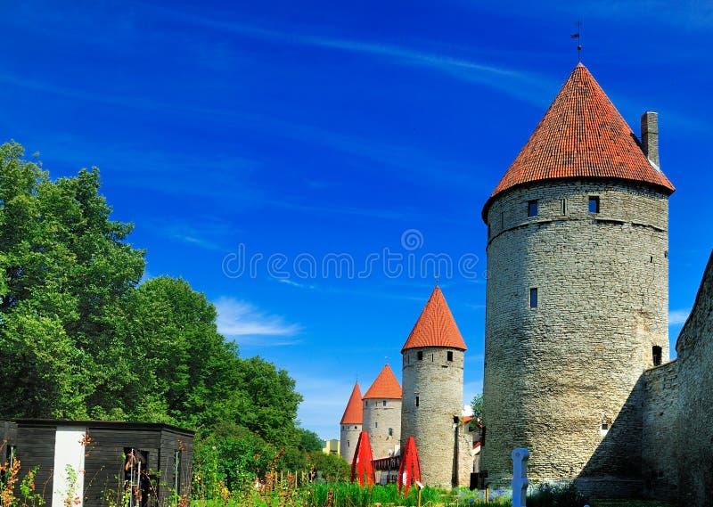 Mur de ville de Tallinn, Estonie images libres de droits