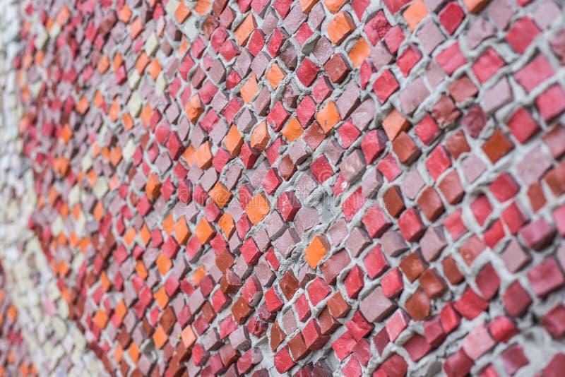 Mur de vue de côté de mosaïques colorées image stock