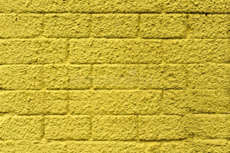 Mur des blocs de béton, peint dans différentes couleurs photographie stock libre de droits