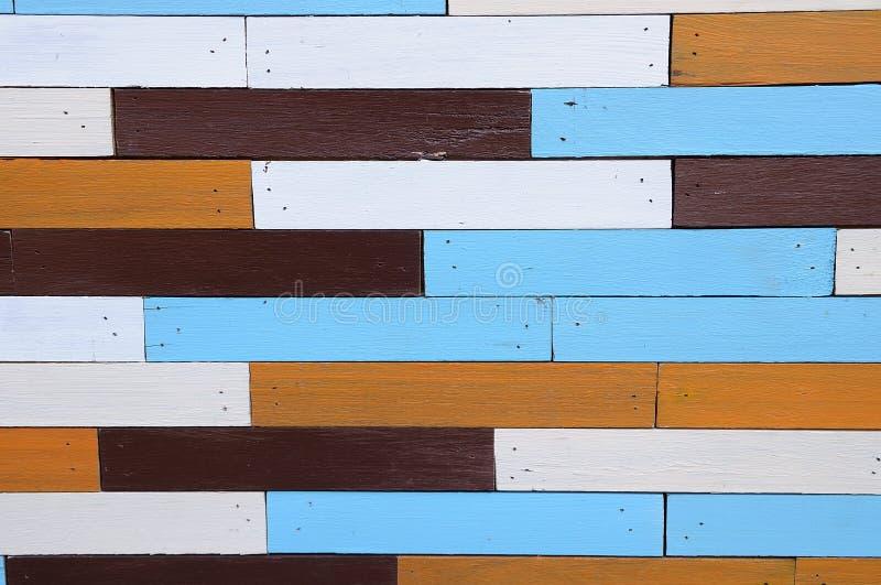 mur en bois multicolore pour le fond photo stock image 49980836. Black Bedroom Furniture Sets. Home Design Ideas