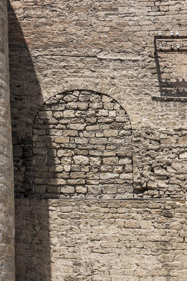 Mur en pierre de forteresse, forteresse antique du centre historique d'Icheri Sheher, Bakou, la République de l'Azerbaïdjan photographie stock