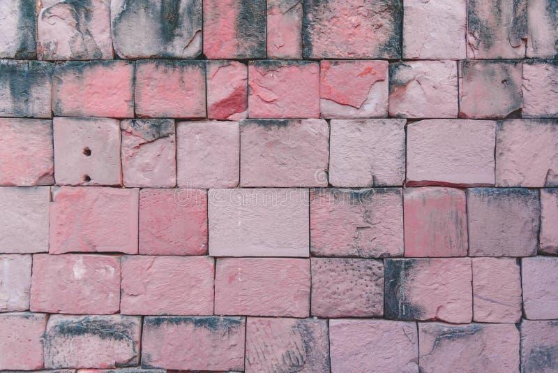 Mur en pierre de vieux château de Khmer photos stock