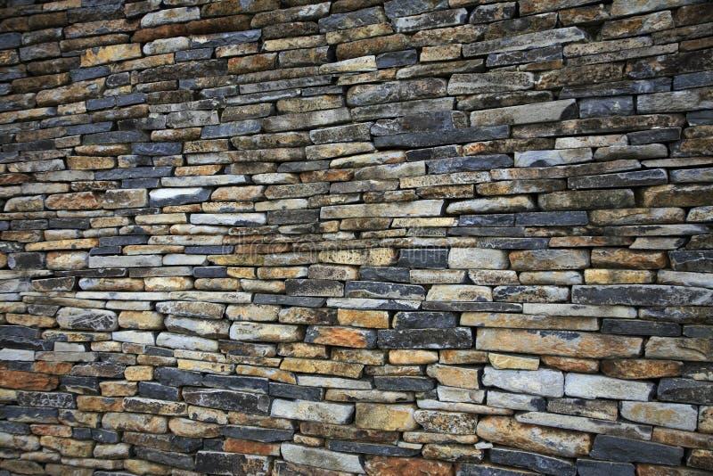 Mur en pierre empilé photo libre de droits