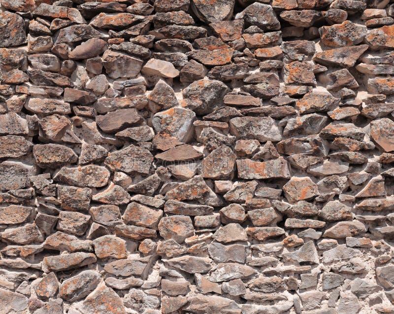 Mur en pierre par la culture de Wari au Pérou photographie stock libre de droits
