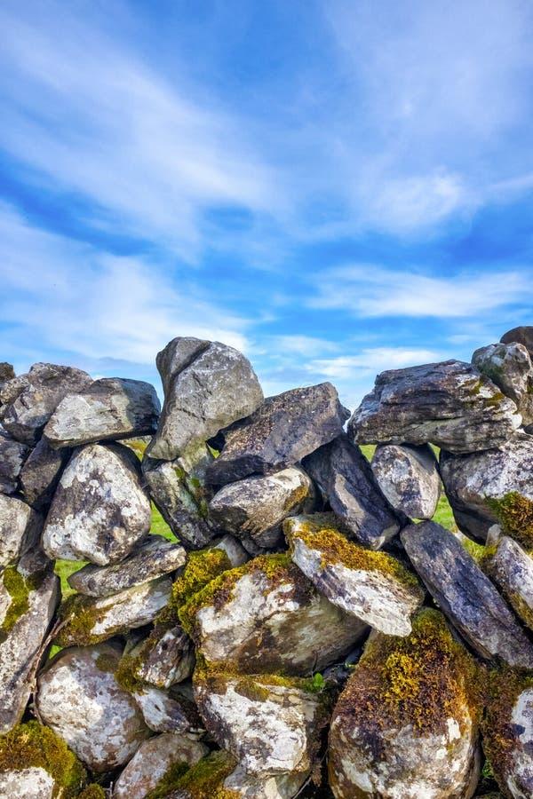 Mur en pierre sèche photographie stock