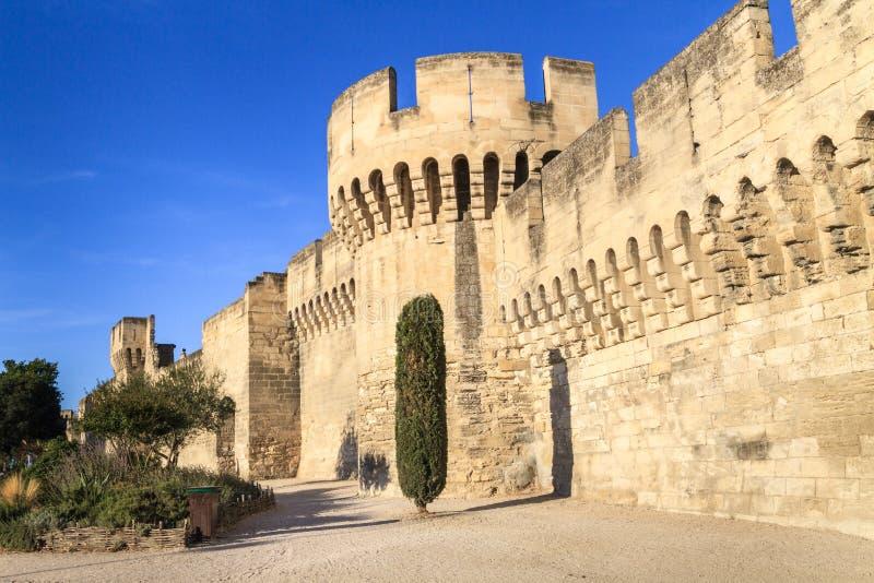 Mur médiéval de ville d'Avignon photos libres de droits
