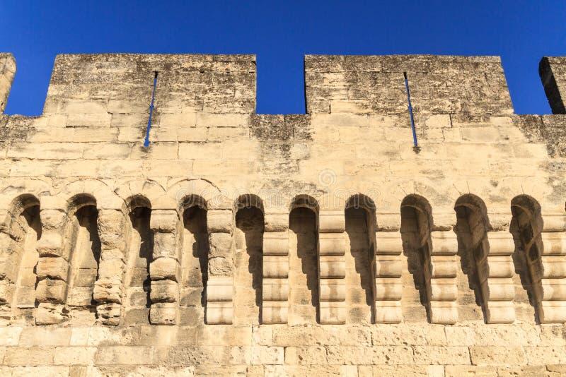 Mur médiéval de ville d'Avignon images stock