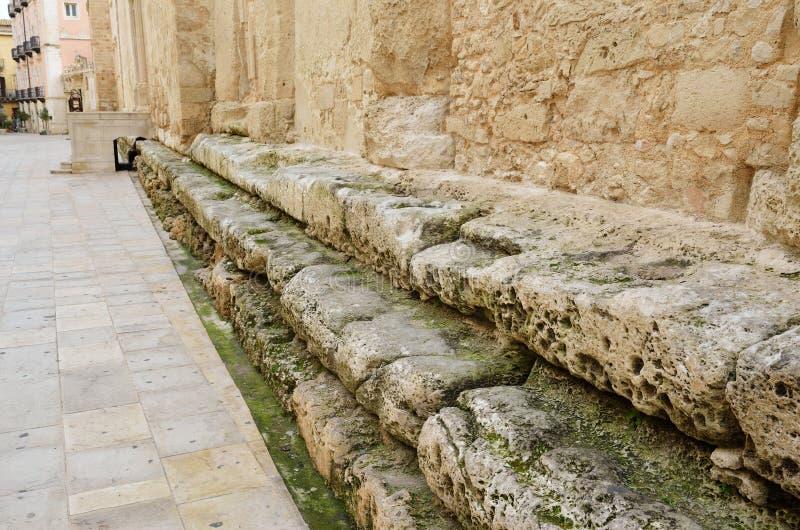 Download Mur Médiéval Sur Le Sous-sol Antique Photo stock - Image du limestone, antique: 45372466