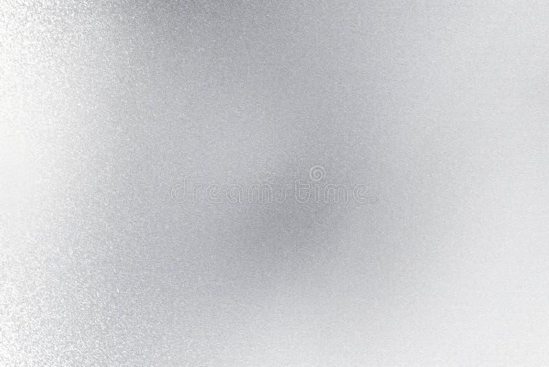 Mur métallique argenté balayé brillant, fond abstrait de texture illustration libre de droits