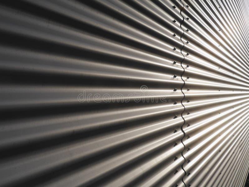 Mur ondulé en métal image stock