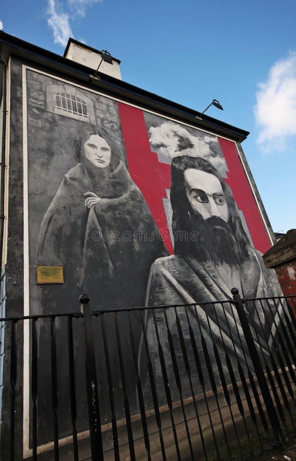 Mur-peintures ensanglantées de dimanche à Londonderry photos stock