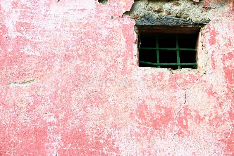 Mur rose avec l'hublot image libre de droits