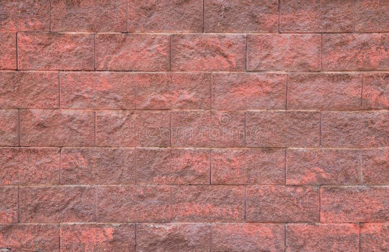 mur rouge de texture traitée douce de fond de pierres images stock