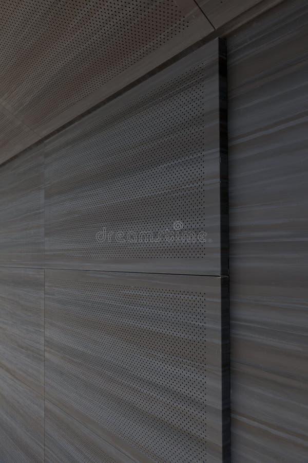 Mur sain dans le théâtre avec un toit en verre image libre de droits